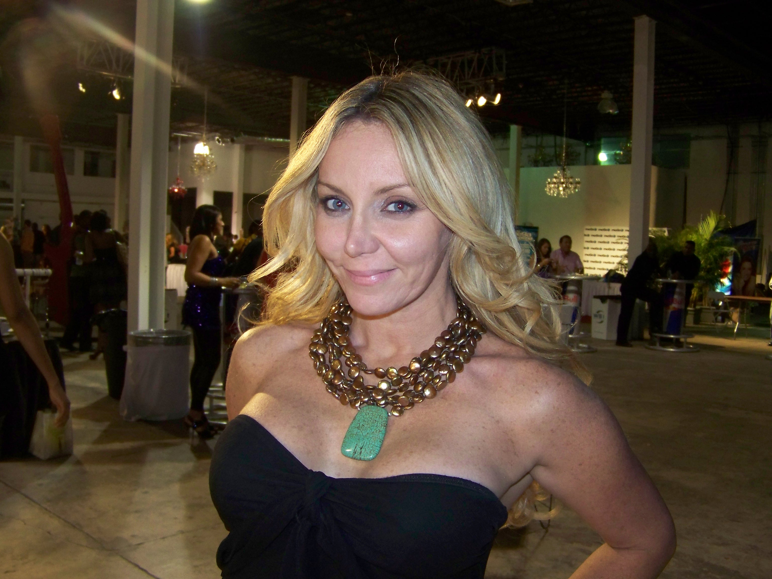 Blonde wearing Maleku Jewelry necklace at Miami Fashion Week
